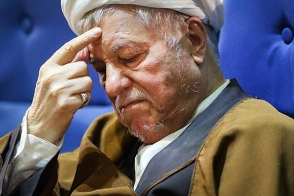 آیا هاشمی رفسنجانی در استخر کاخ سعدآباد سکته قلبی کرده است ؟