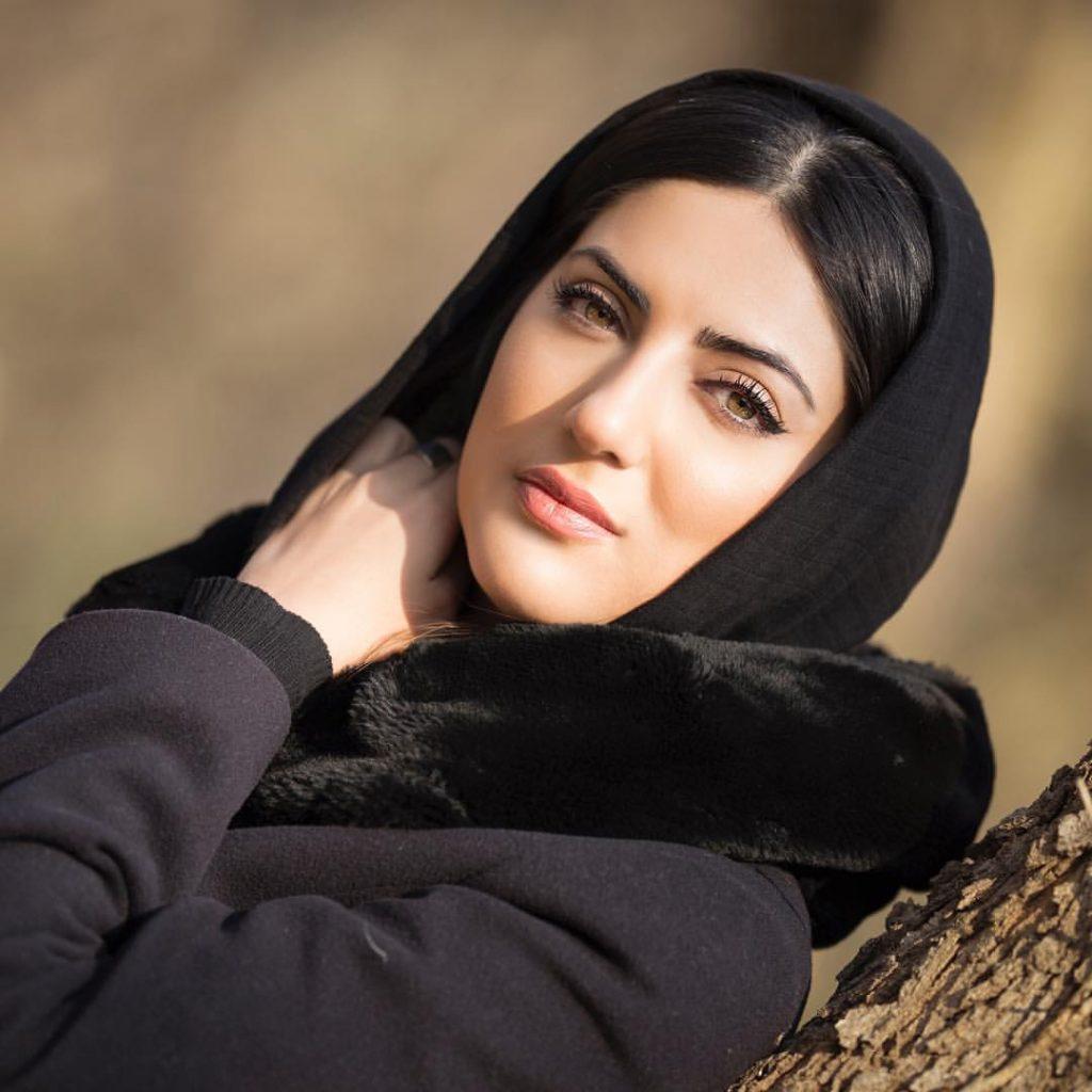 بیوگرافی و عکسهای جدید هلیا امامی
