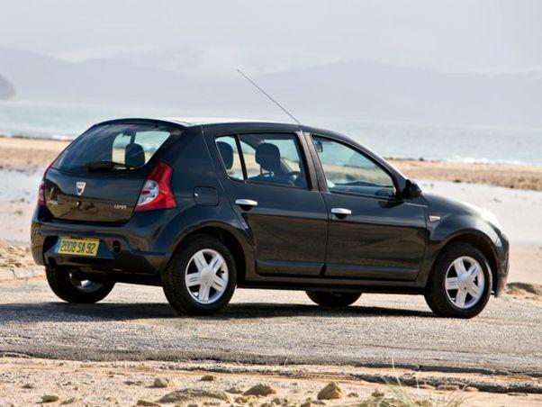 آیا قیمت خودرو در سال 1400 کاهش مییابد؟